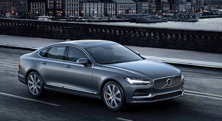 """Volvo S90 iegūst prestižo balvu """"Sērijveida auto gada dizains 2015"""""""